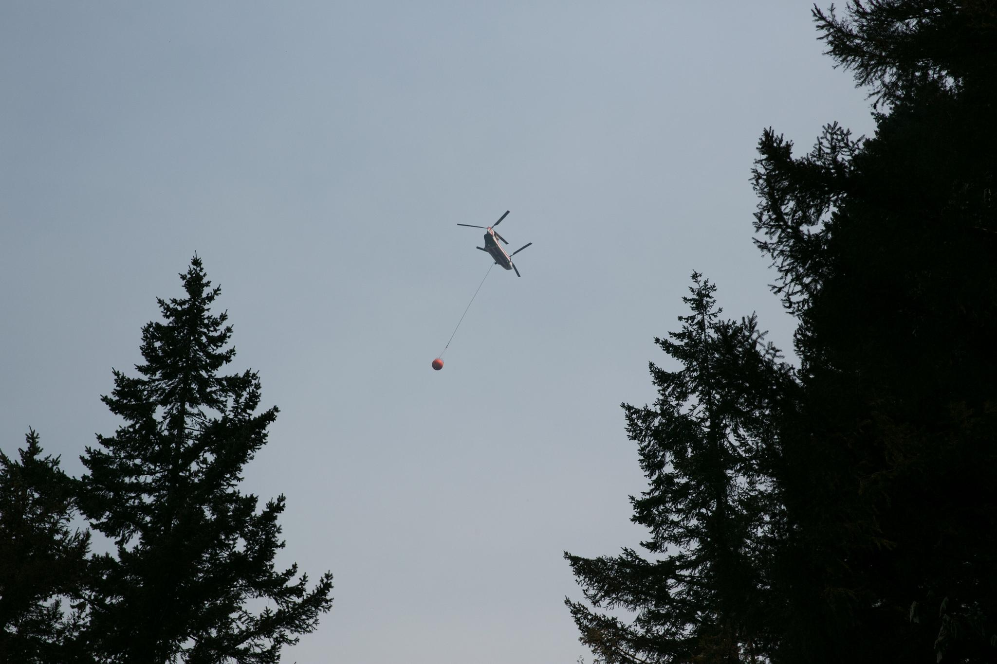 More than 900 firefighters are working to contain the Eagle Creek Fire in the Columbia River Gorge, which broke out September 2 and is believed to have been started by a 15-year-old with fireworks. (Photo courtesy Multnomah County Communications taken 9-11-2017)