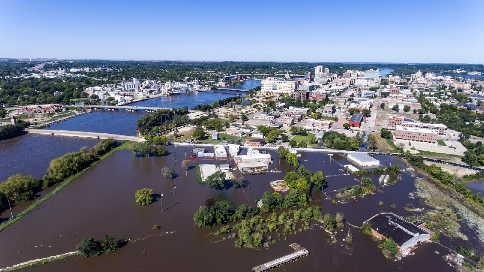 Drone Video Affected Areas After Cedar River Crests Wjac