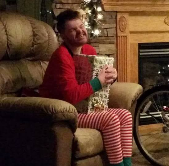 Disabled Idaho man wants your Christmas cards, all for a good cause (Photo: Joshua Says Hello Facebook Page, used with permission)