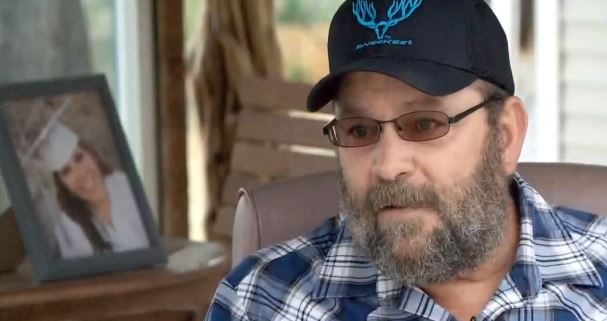 Father turned in daughter for giving drugs to her newborn. (KUTV)