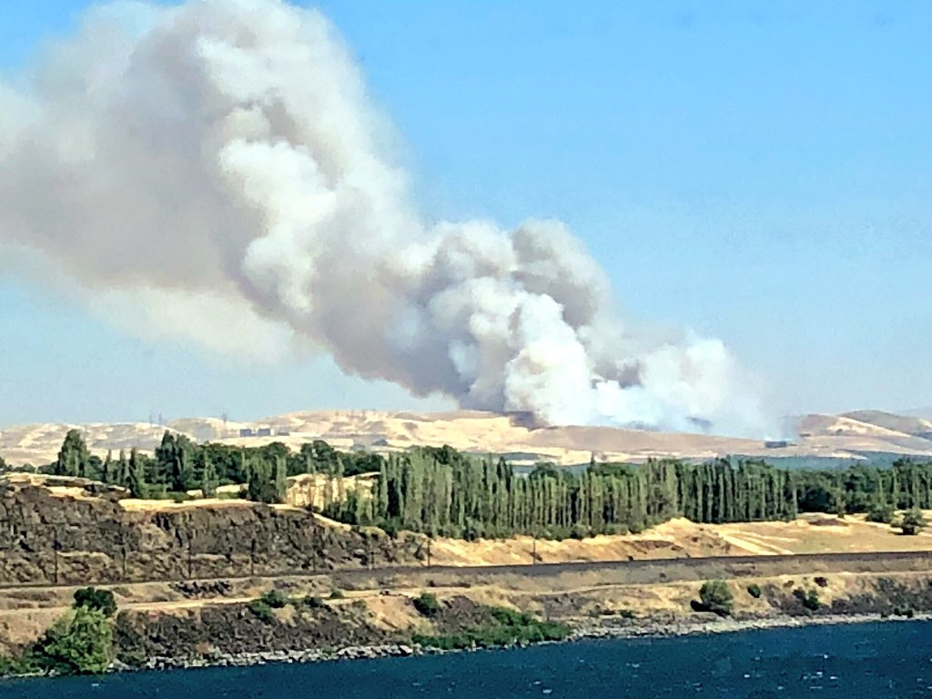 Two wildfires burns east of The Dalles, Oregon on Tuesday, July 17, 2018. (Photo: Crispin Young Wilson)