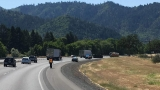 Northbound I-5 traffic slowed following rollover crash in southern Oregon