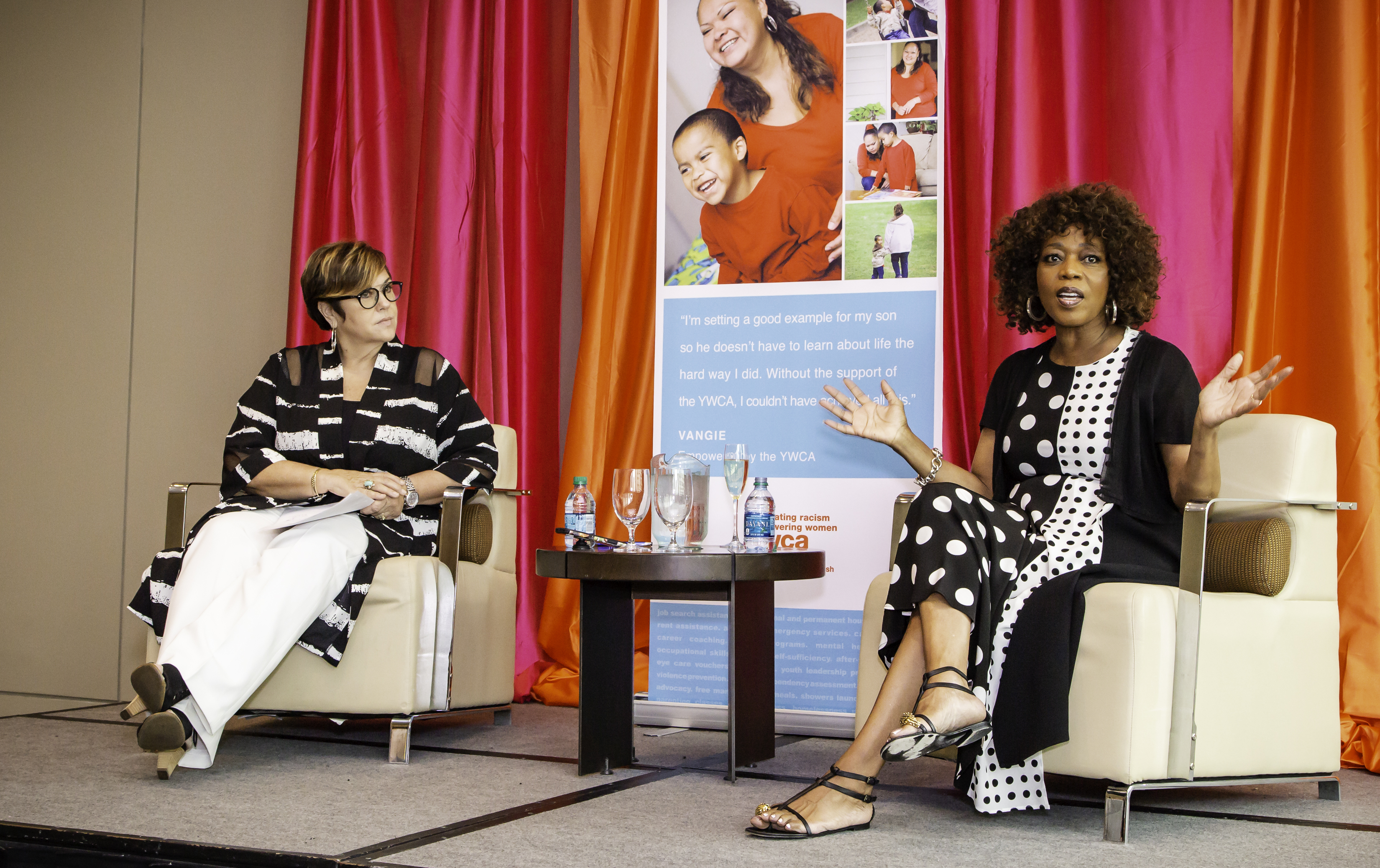 KOMO's Elisa Jaffe with Actress and Activist Alfre Woodard. Woodard brought her star power to Seattle as the keynote speaker for the YWCA Inspire Luncheon. Photo courtesy of YWCA.