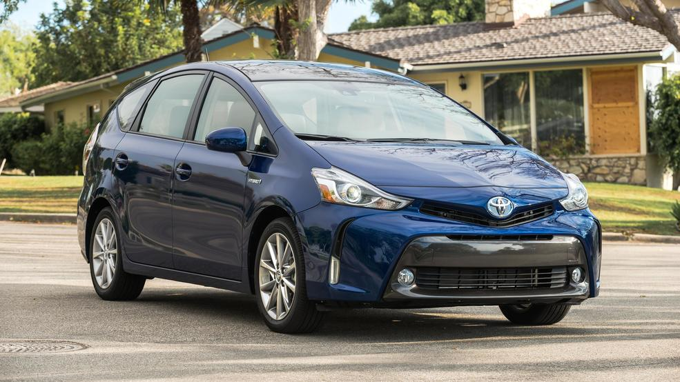2019 Toyota Prius V To Shift From Wagon Suv Design But Will It Have Awd