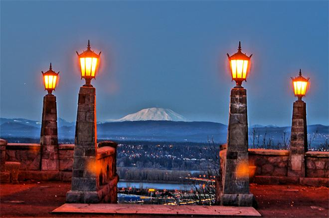 Shots from Rocky Butte as sun goes down (Photo Courtesy YouNews contributor: BigMike58)