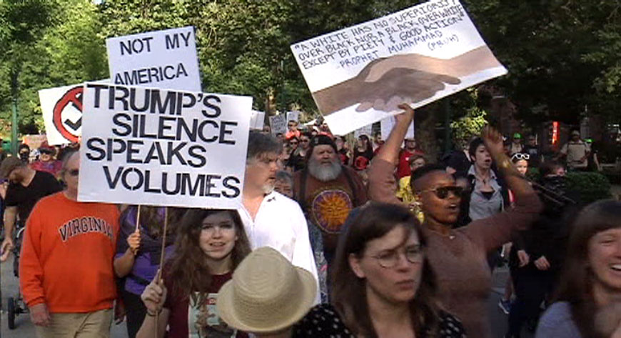 Hundreds of people marched through downtown Eugene in solidarity with Charlottesville, Virginia, on Monday night. People at the rally felt the need to support their fellow Americans, thousands of miles away. (SBG)
