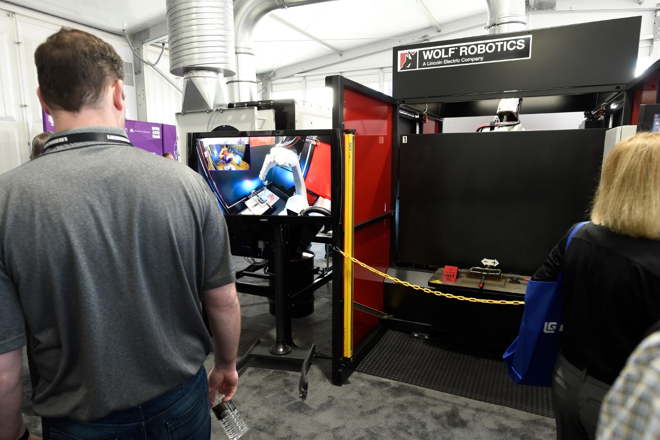 A video monitor displays 3D metal printing that is taking place behind a shield during the first day of the 2017 CONEXPO-CON/AGG convention Tuesday, March 7, 2017, at the Las Vegas Convention Center. [Sam Morris/Las Vegas News Bureau]
