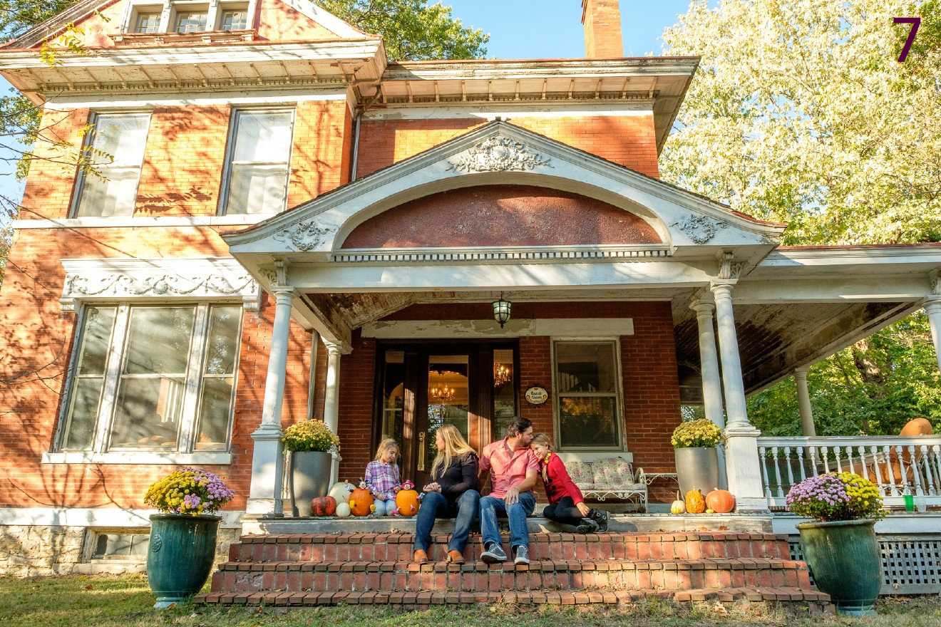 #7 - The Chacon family restored an 1890s home in East Walnut Hills and have revived it to its former glory. Oh yeah, they also own The Woodburn Brewery. / Image: Daniel Smyth Photography