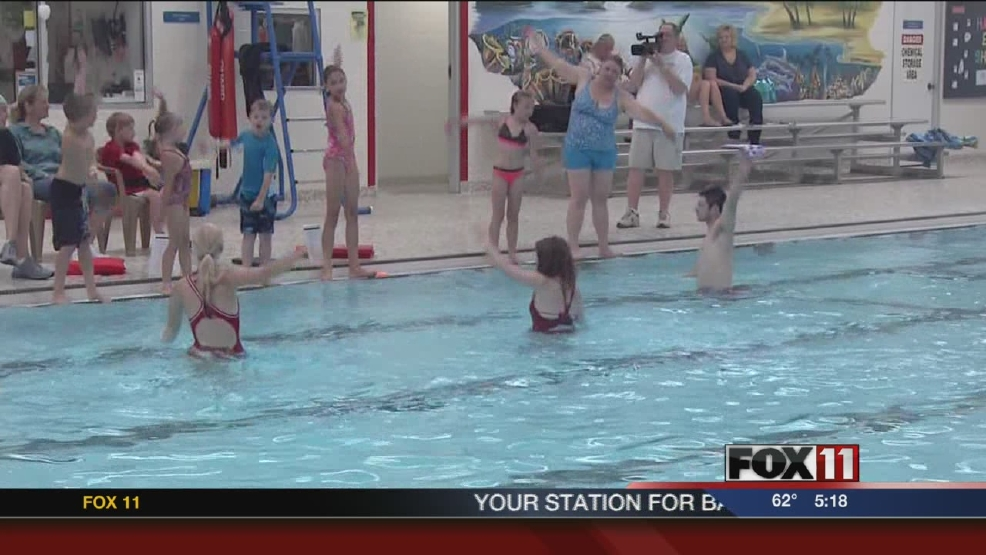 New London pool part of record-breaking attempt