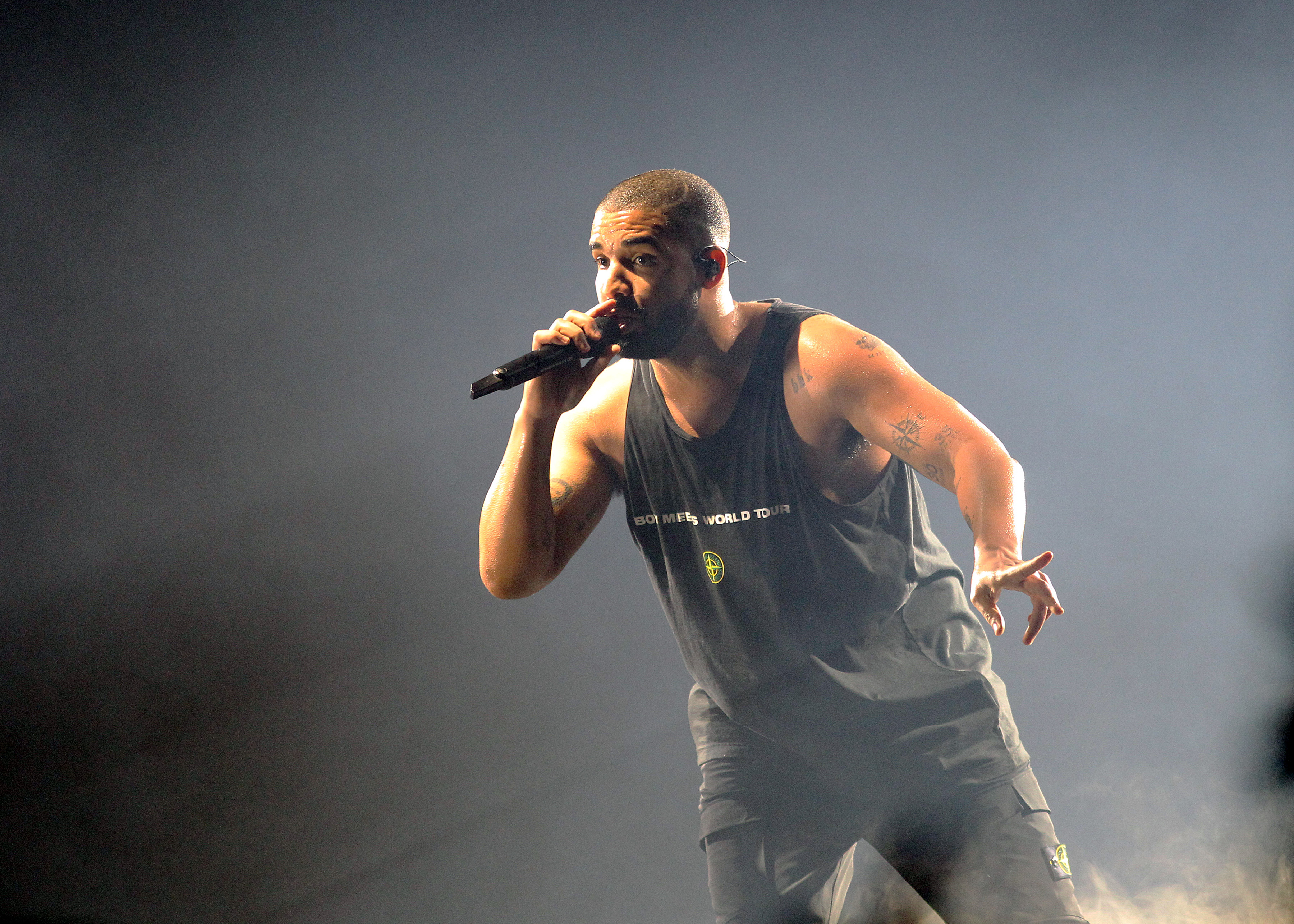Canadian rapper Drake performing at the O2 Arena in London as part of his Boy Meets World Tour on Thursday 2nd February 2017 (Photos by Ian Bines/WENN)  Featuring: Drake Where: London, United Kingdom When: 02 Feb 2017 Credit: WENN.com