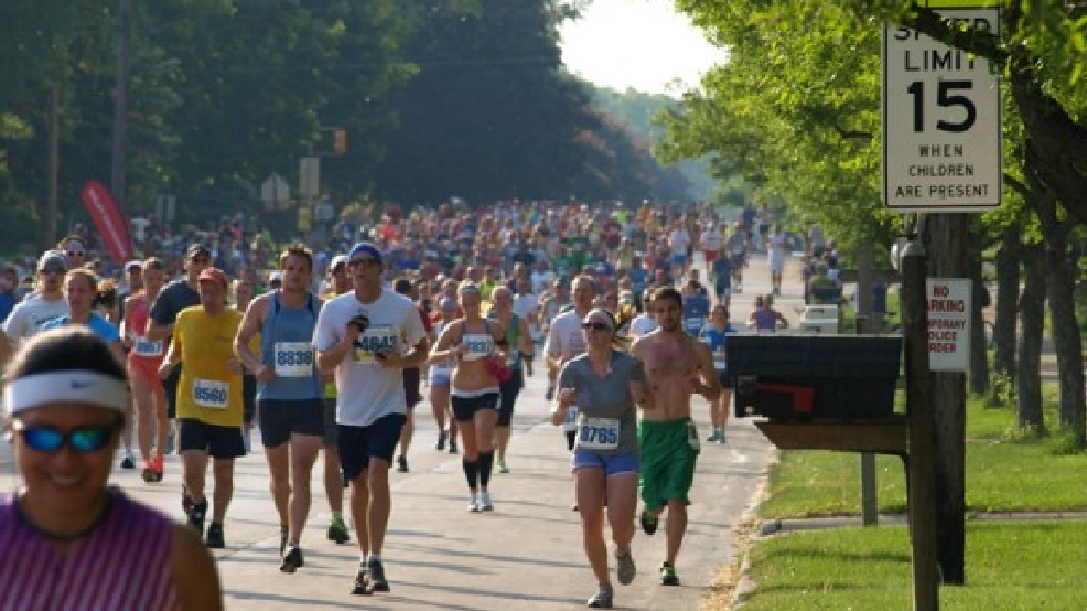 Runners participate in the Cellcom Green Bay Marathon, May 20, 2012. (Photo: Melissa Challis)