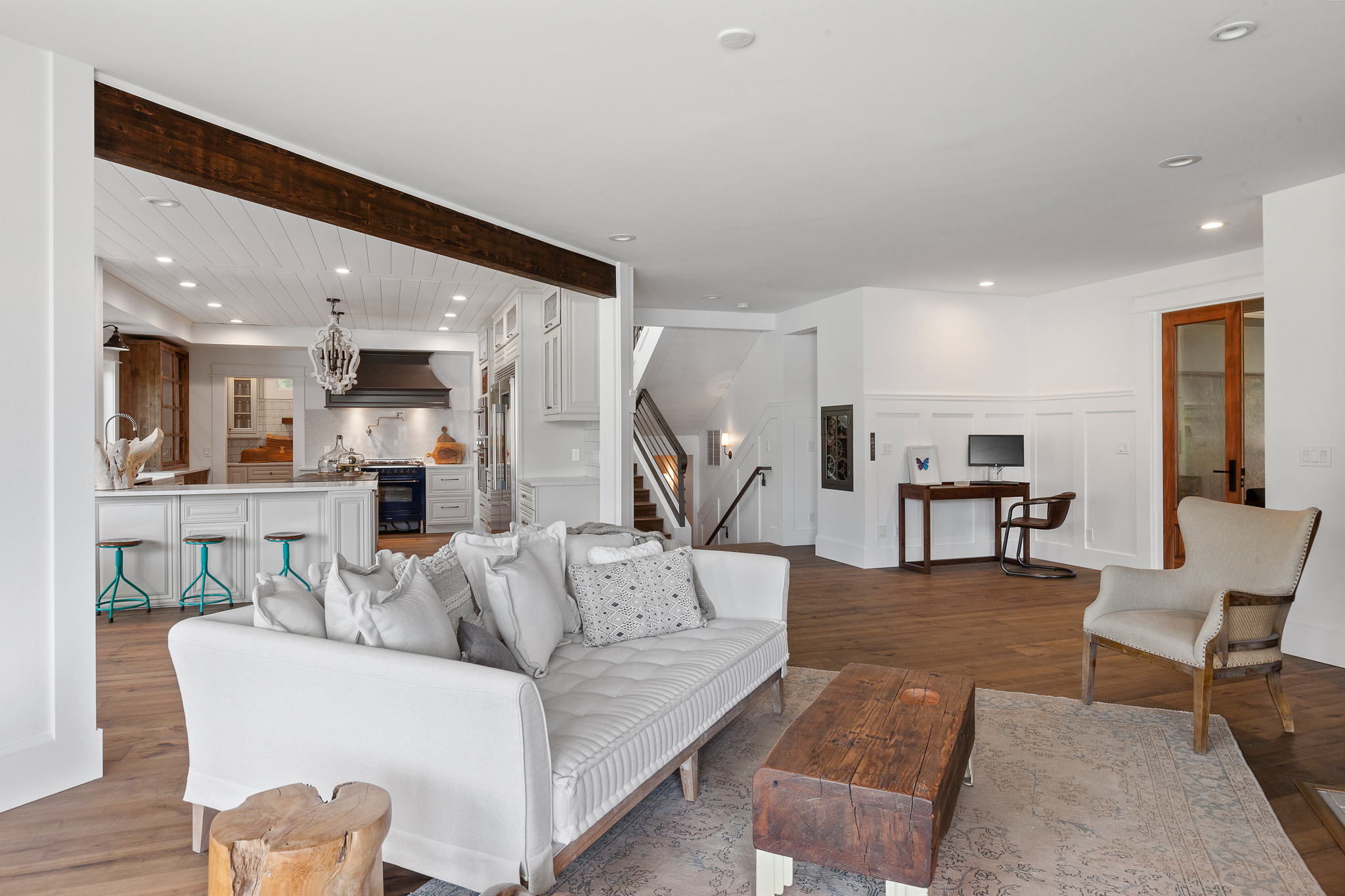 "This $3 million beachfront home built in 2001 on Fox Island went from ""Miami Vice"" to Northwest Coastal Chic with a complete remodel in 2020, according to current owners and designers Monica Gujral and Terrence Wallace. Freshwater clams and seafood come year-round at this property, which comes with full tide flat rights. Coming in at just over 5,000 square feet, it features four bedrooms, five bathrooms, 291-feet of private beach, a wine cellar, library, theater (with some seriously cool lights), dog washing station and so much more!{&nbsp;}<a  href=""https://karihaas.com/listing/WA/Fox-Island/273-North-Shore-Blvd-98333/108990478"" target=""_blank"" title=""https://karihaas.com/listing/WA/Fox-Island/273-North-Shore-Blvd-98333/108990478"">Check out the listing, being sold by Windermere's Kari Haas, for more information</a>. (Image: Kari Haas & Josh Marshall Photography)"