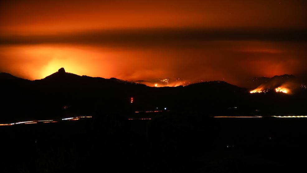 Klamathon Fire Passes 30 000 Acre Mark Mail Tribune