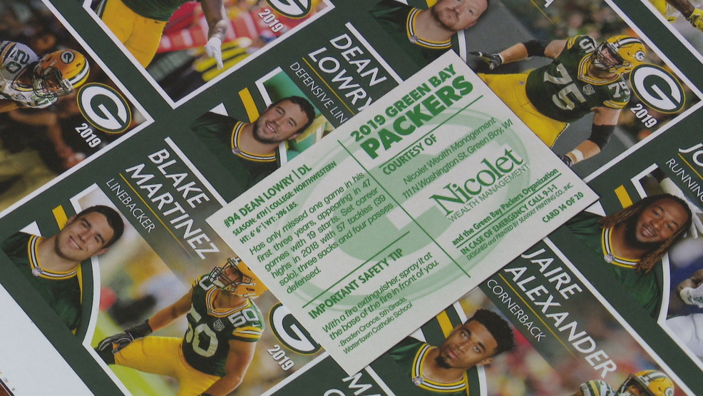 Officers to hand out Packers trading cards to local kids