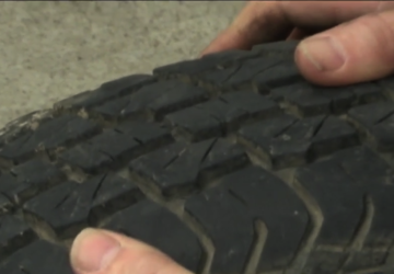 Tire replacement and the heat: What are the signs?