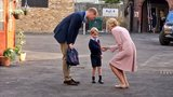 Pregnant Kate misses Prince George's 1st day at school