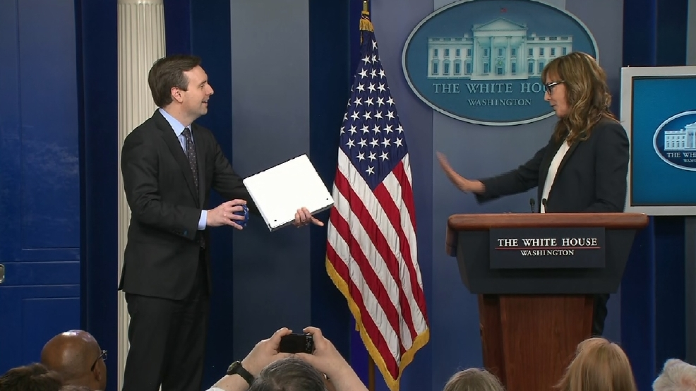 White House press briefing taken over by 'West Wing' actor Allison Janney