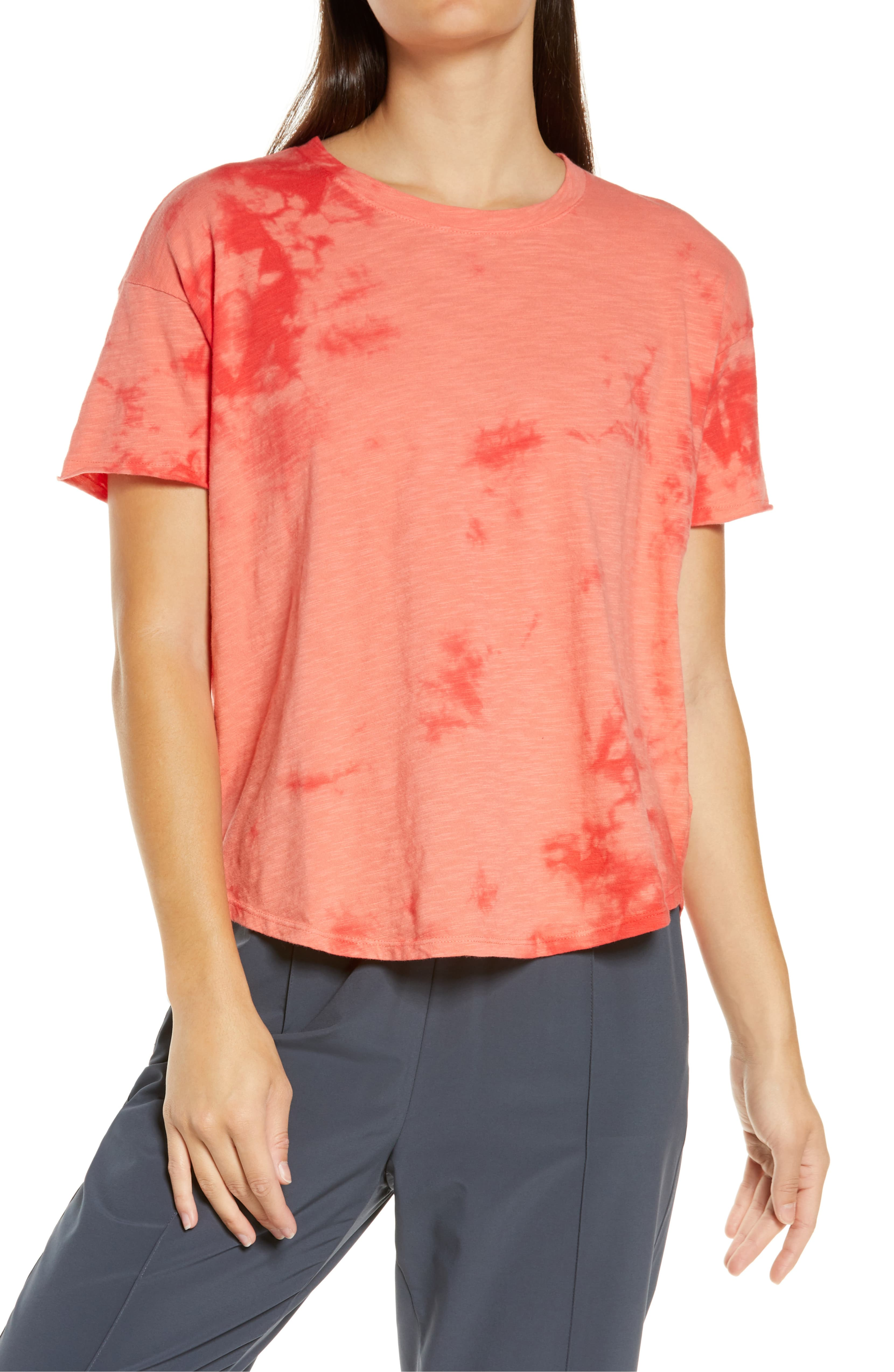 "<p>Strike your best pose in this yoga-perfect tee, made from breathable cotton with a high/low hem that covers all the right areas.{&nbsp;}<a  href=""https://www.nordstrom.com/s/zella-studio-tee/5372384?origin=keywordsearch-personalizedsort&breadcrumb=Home%2FAll%20Results&color=coral%20rose"" target=""_blank"" title=""https://www.nordstrom.com/s/zella-studio-tee/5372384?origin=keywordsearch-personalizedsort&breadcrumb=Home%2FAll%20Results&color=coral%20rose"">Shop it</a>, $39.{&nbsp;} (Image: Nordstrom){&nbsp;}</p>"